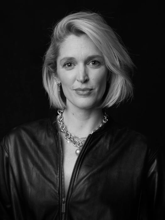 Peggy Frey Fashion Journalist image L'Or�al Pro
